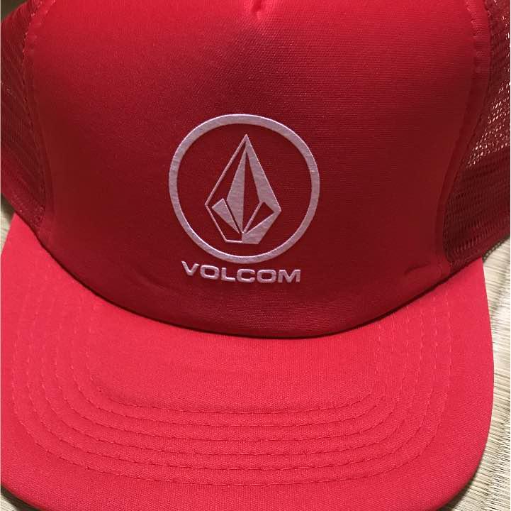 5b28f1ba313cd メルカリ - ボルコム キャップ 赤 帽子 メンズ 【ボルコム】 (¥2,500 ...