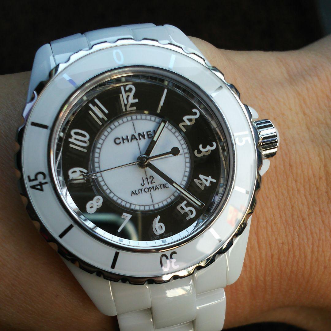 the latest 13a6c e0df6 CHANEL J12 ホワイト メンズ ミラー腕時計(¥399,995) - メルカリ スマホでかんたん フリマアプリ