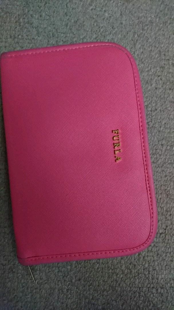 0fa1bee22d4e メルカリ - FURLA 手帳カバー 財布 ブックカバー 【フルラ】 (¥1,500 ...