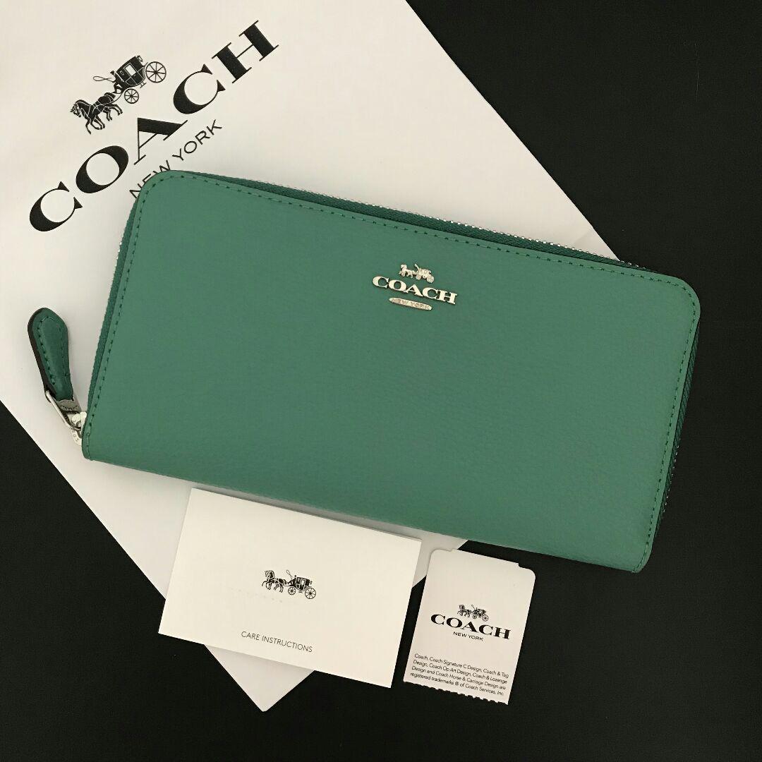 official photos 75933 1db0e メルカリ - 新品♡COACH コーチ 長財布 上質レザー エメラルド ...