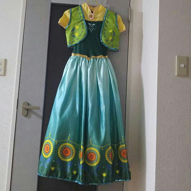 エルサのサプライズ アナのドレス(¥1,500) , メルカリ スマホでかんたん フリマアプリ