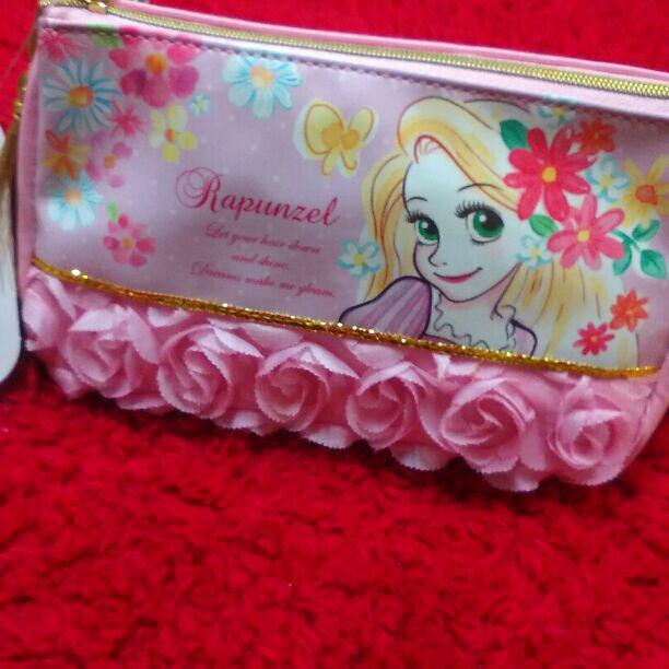 ラプンツェル ペンケース ディズニー/筆箱/可愛い筆箱/ディズニーストア/ポーチ(¥1,000) , メルカリ スマホでかんたん フリマアプリ
