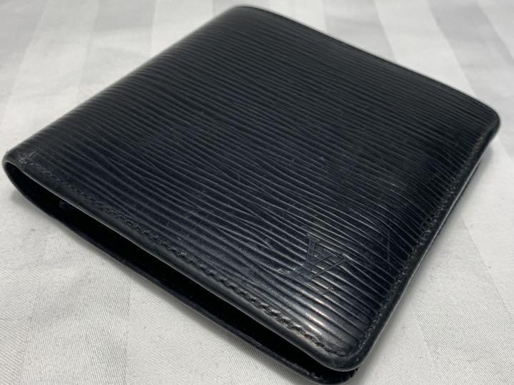 promo code 9ad98 b2f60 Serena様専用 ルイヴィトン エピ 二つ折り財布 メンズ ブラック(¥12,000) - メルカリ スマホでかんたん フリマアプリ