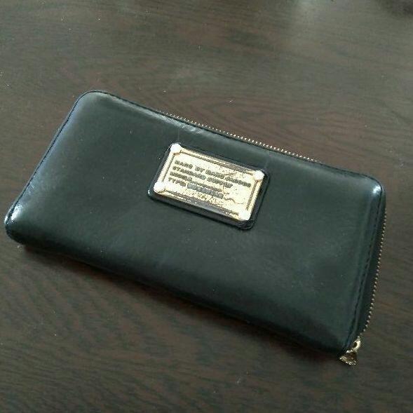 pretty nice b306f 1644e 値下げ マークバイマークジェイコブス 財布(¥ 850) - メルカリ スマホでかんたん フリマアプリ