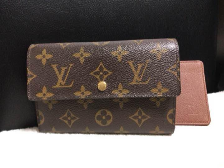 on sale e5a46 ef309 ルイヴィトン財布 三つ折り レディース メンズ モノグラム 財布(¥20,000) - メルカリ スマホでかんたん フリマアプリ