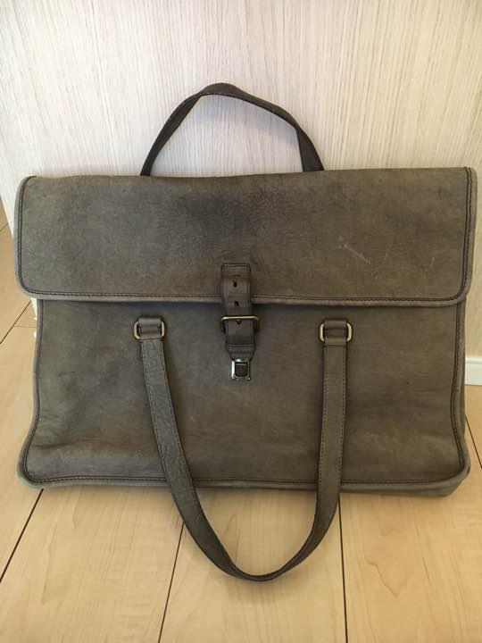 61451e816b23 メルカリ - PRADA ヴィンテージバッグ 【ビジネスバッグ】 (¥18,000 ...