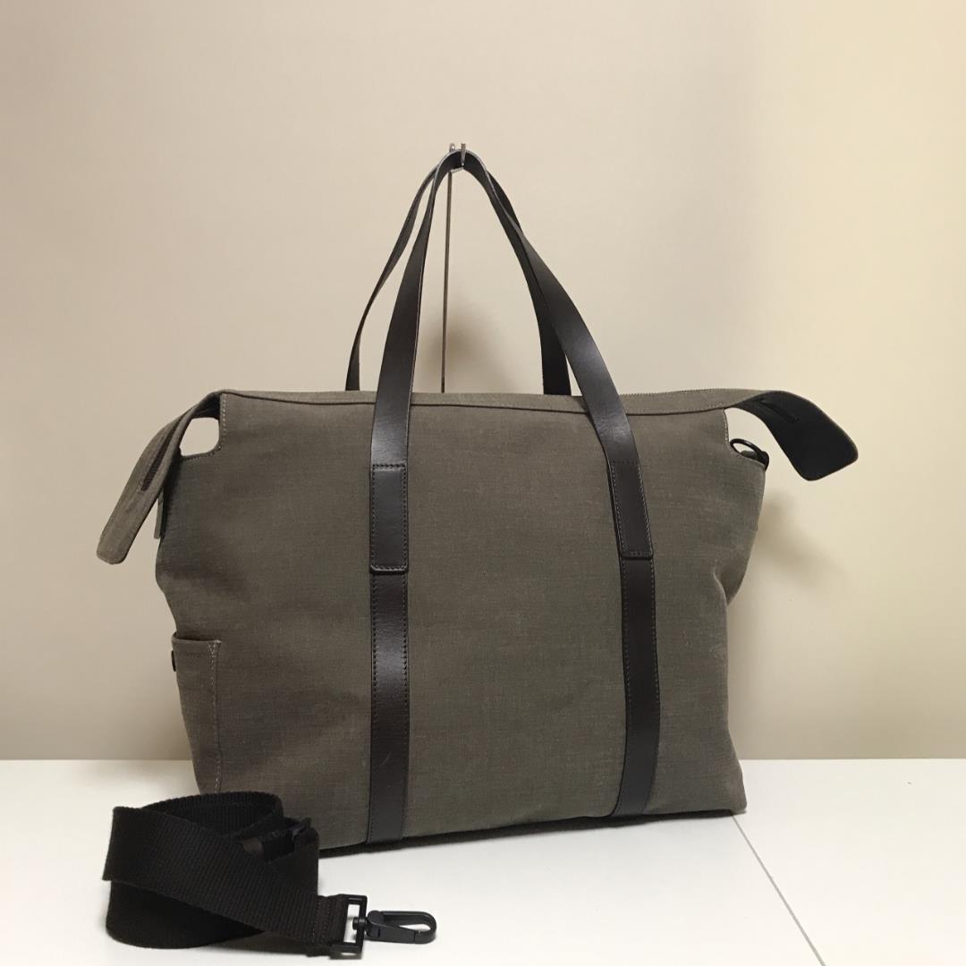 wholesale dealer 5d70a ba078 エンポリオアルマーニ 旅行用 ボストンバッグ 2WAY メンズ レディース 良品(¥12,800) - メルカリ スマホでかんたん フリマアプリ