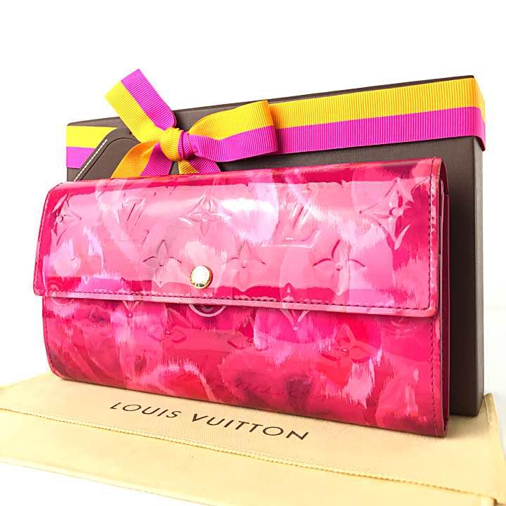 【専用】ルイヴィトン ポルトフォイユ サラ 赤紫 ピンク 花柄 人気