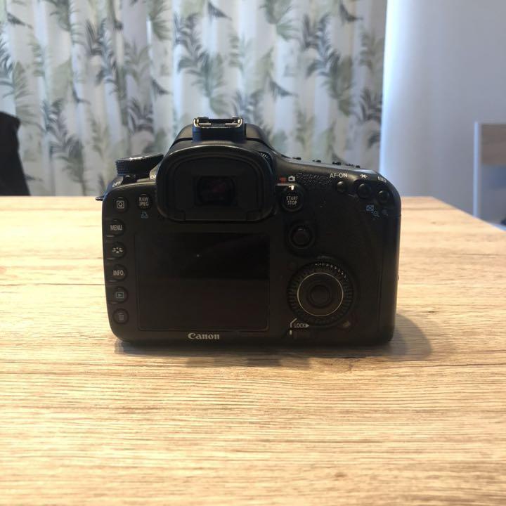 Canon EOS 7D Digital Camera Memory Card 8GB CompactFlash Memory Card