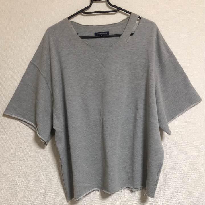 BTS V テテ ダメージ加工Tシャツ(¥2,000) , メルカリ スマホでかんたん フリマアプリ