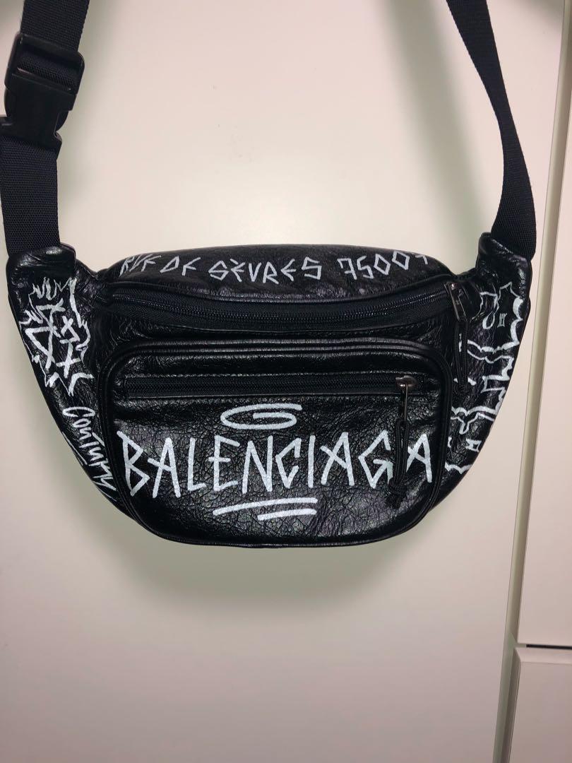 sports shoes a4738 f3c2a Balenciaga バレンシアガ アリーナレザーベルトバッグ(¥110,000) - メルカリ スマホでかんたん フリマアプリ