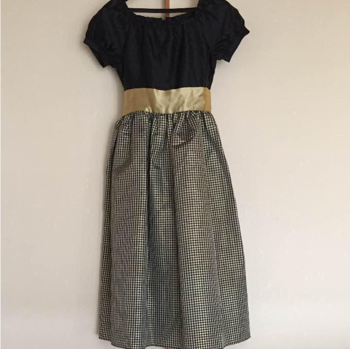 b70249441fb3c メルカリ -  キャサリンコテージ シャンタンラメチェックドレス 130 ...