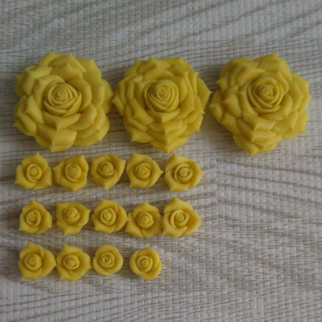 メルカリ デコパーツ 黄バラ 各種パーツ 600 中古や未使用のフリマ