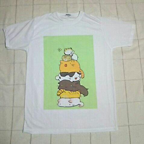 メルカリ かわいい猫イラストtシャツ Tシャツカットソー半袖袖