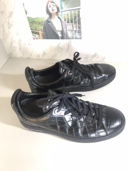 online retailer 03a62 bdd9f LOUIS VUITTON スニーカー ルイヴィトン LV メンズ 靴(¥40,000) - メルカリ スマホでかんたん フリマアプリ
