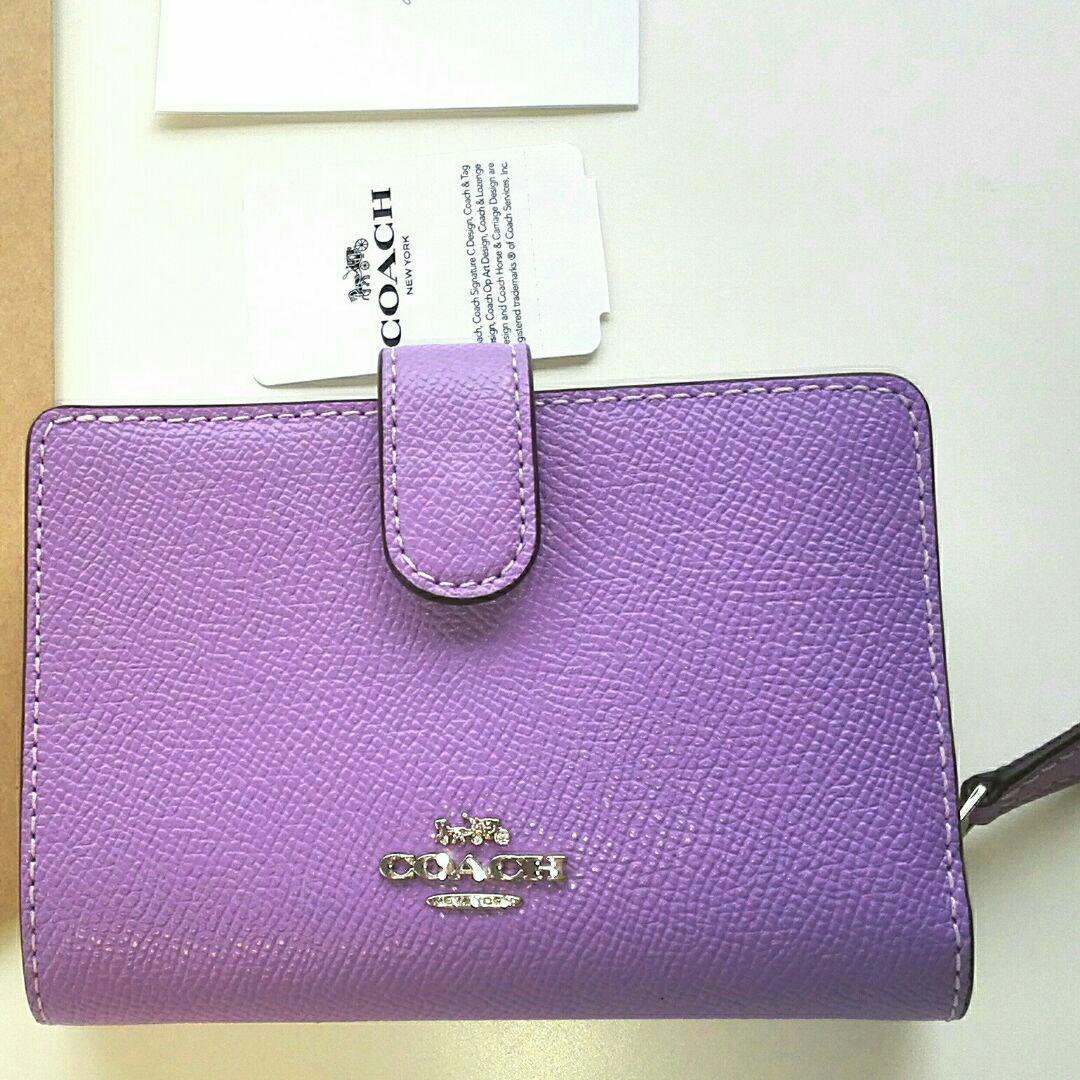innovative design b98b4 a53ae COACHシグネチャー姫コーチ折り畳み財布コンパクト二つ折りミニ紫パープル(¥18,500) - メルカリ スマホでかんたん フリマアプリ