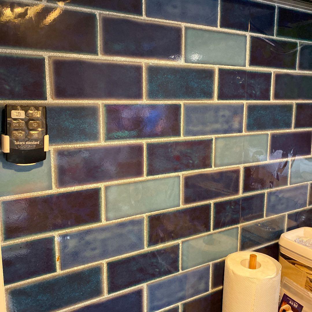 メルカリ 壁紙シール ブルータイル柄 キッチン 食器 4 300 中古や未使用のフリマ