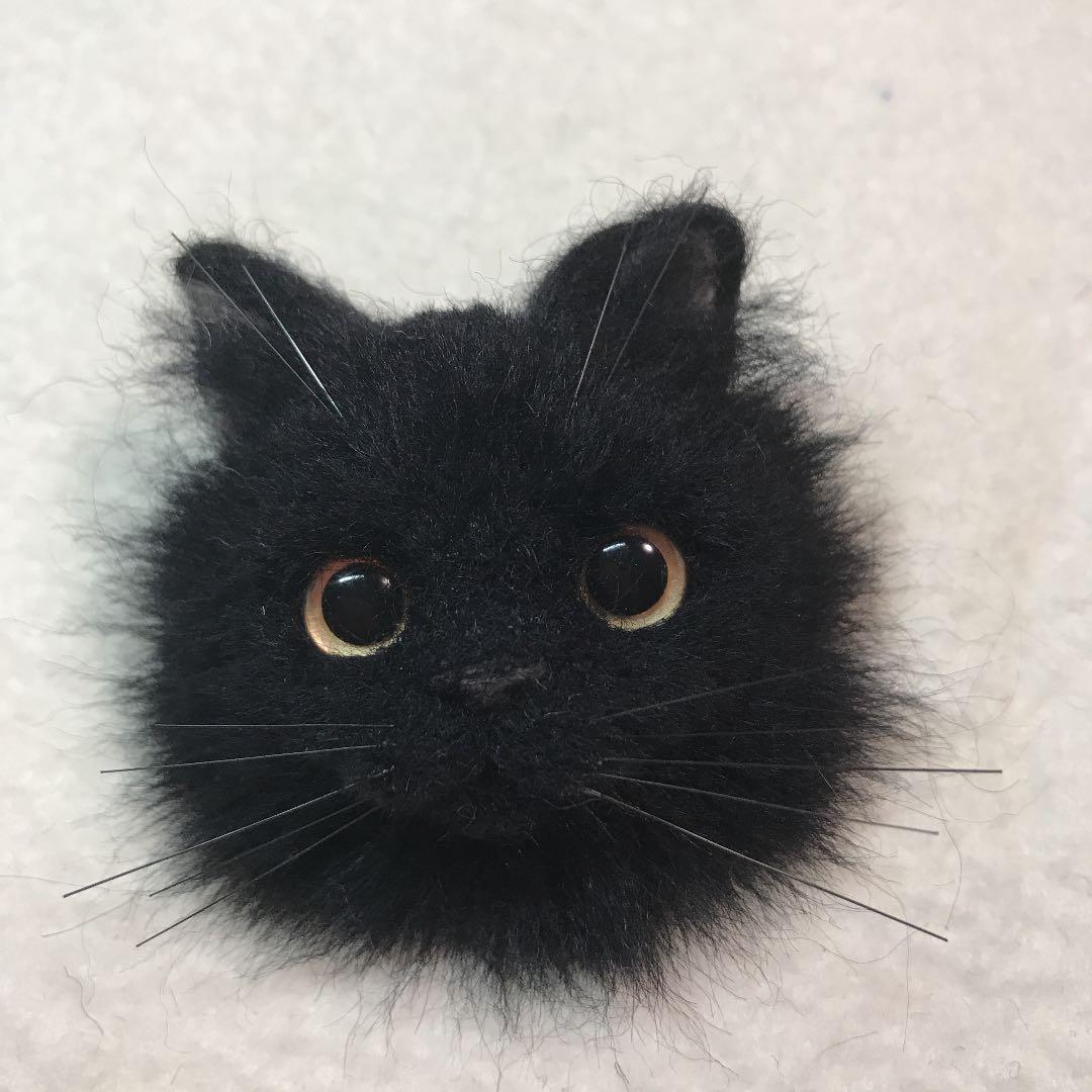 羊毛フェルト 猫 黒猫ロングコート 長毛 猫ブローチ(バッジ)ハンドメイド(¥1,999) , メルカリ スマホでかんたん フリマアプリ