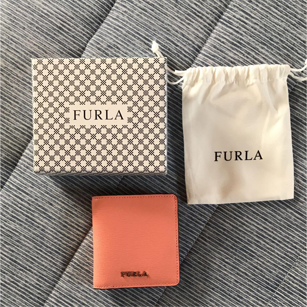 フルラ 財布
