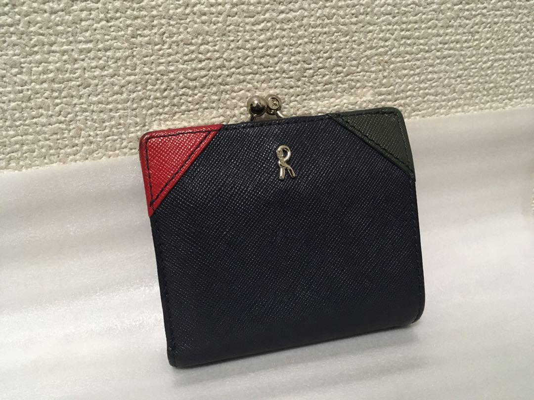 premium selection 30d3a 7655f ロベルタディカメリーノ 二つ折り財布 がま口 財布(¥2,444) - メルカリ スマホでかんたん フリマアプリ