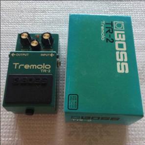 BOSS / Tremolo TR-2