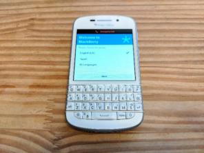 blackberry q10 sqn100-3の中古/新品通販【メルカリ】No 1フリマ