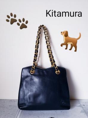 7343c13d4bc7 美品[元町 キタムラ Kitamura]Dog モチーフ がま口 ミニバッグ