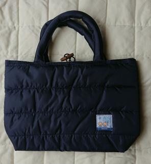 3a0a0cc92faaf 池田泉州銀行 キルティング素材のトートバッグ ファミリア