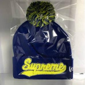 69901cd1 supreme 16AW New Era Chenille Script Beanie商品一覧 - メルカリ ...