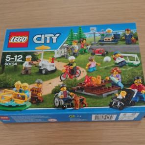 2de7f739fccaba レゴ シティ レゴ ®シティの人たち 60134商品一覧 - メルカリ スマホで ...